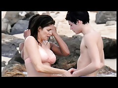 Stephanie Seymour in bikini kissing with not her son Hotmoza