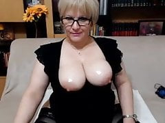 SquirtRoxxy Live Webcam Show