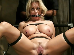Juicy Tits Gets Gagged Then Feathered