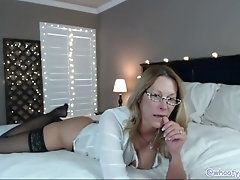 Camgirl Milf Jess Ryan Rides BBC Private Show Streamate