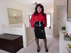 Sindy in satin  and pvc