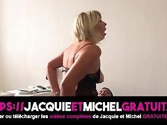 Une Femme mature française essaye le porno !
