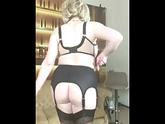 Lipstick, stockings and a curvy ass
