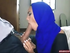 Arab Babe needs money