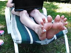 Wrinkled Soles Long Toes wiggling!