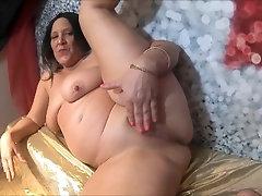 BIG TITTY MAMMA JOI