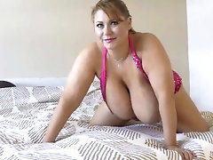 samantha 38g oily tits and fat pussy