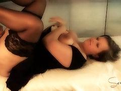Cum on my wet milf pussy