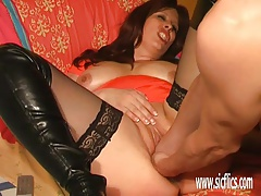 Extreme mature giant dildo fuck and double fisting