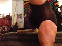 Milf sexy body stretches