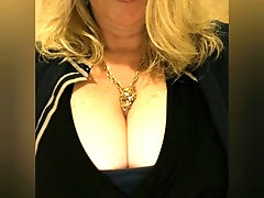 BUSTY OFFICE BABE BIGTITS FLASHING CurvyChristine69 photo SLIDESHOW!