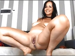 Beautiful Mature Squirting (Chaturbate)