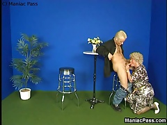 Old lady's fucking gets messy